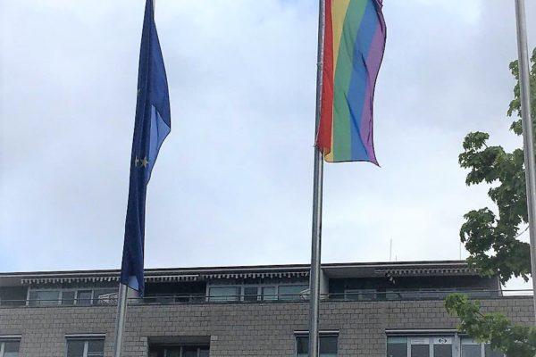 Altenkirchen zeigt Flagge am Idahobitday 2021 – Wir freuen uns für die queere Community!
